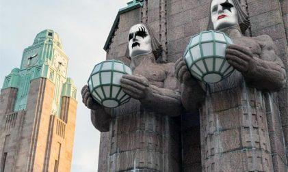 Kiss Hauptbahnhof Helsinki