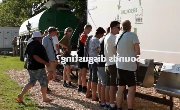 Dänen brauen Bier aus dem Urin von Festival-Besuchern