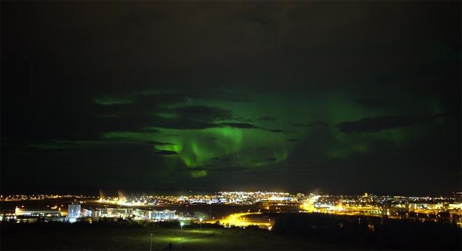 Reykjavik – mögliche Nordlichter am Karfreitag