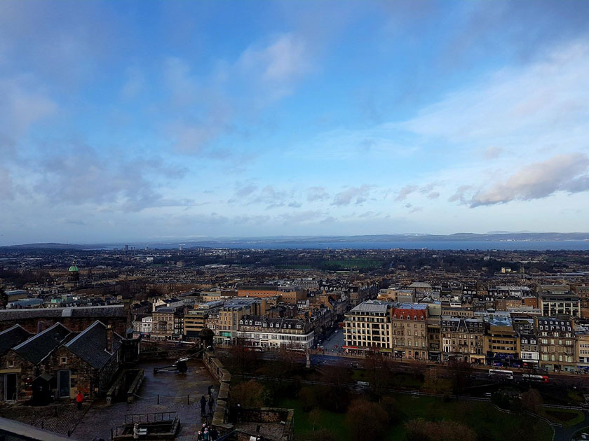 Blick über Edinburgh vom Castlehill