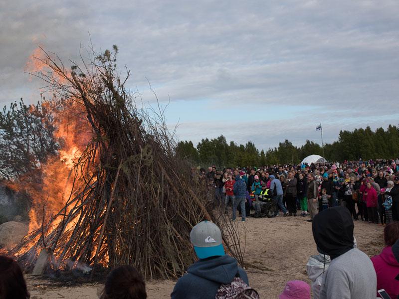 Juhannus-Feuer