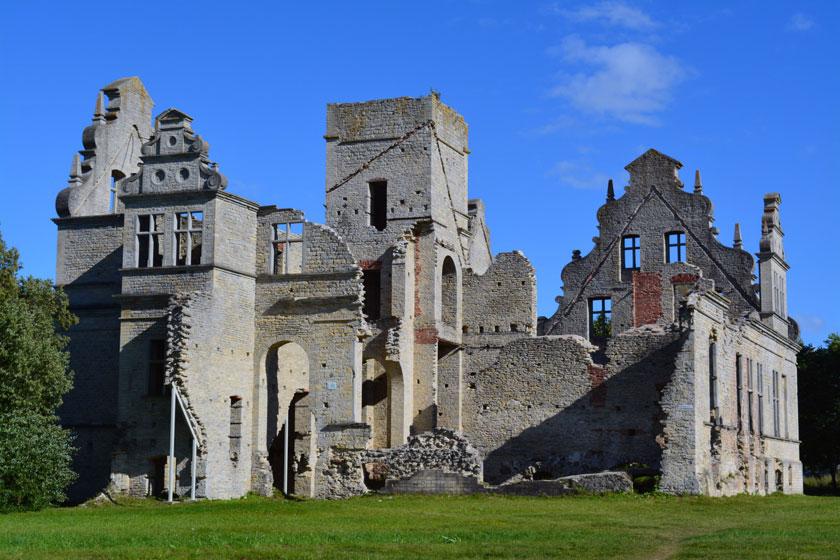 Schloss Lindenhof, estnisch Ungru loss