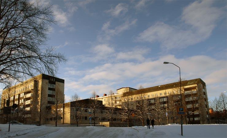 Universitätskrankenhaus von Uppsala (Foto Ojan, Wikimedia Commons)