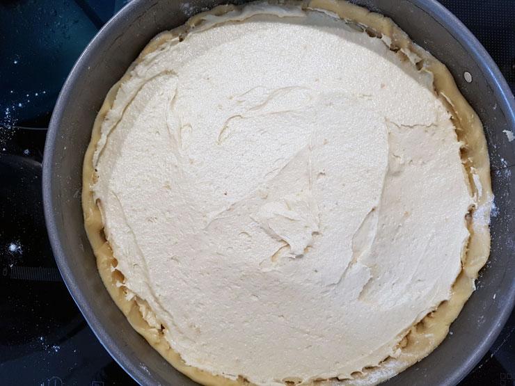Gefüllte Kuchenform