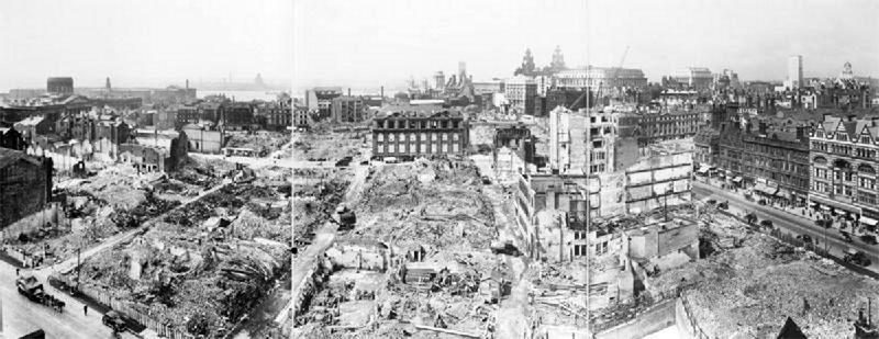Zerstörtes Liverpool, 1942