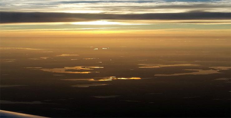 Abflug bei Sonnenuntergang