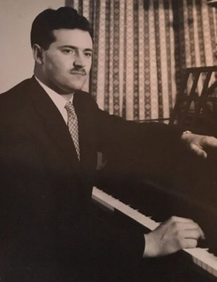 William Kelly, Pianist