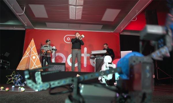 Das erste Live-Konzert nur für Roboter (Video)