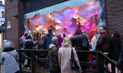 Weihnachtliche Schaufensterdeko Stockmann Helsinki