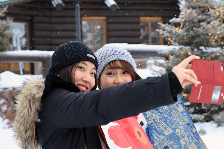 Chinesische Touristen am Polarkreis