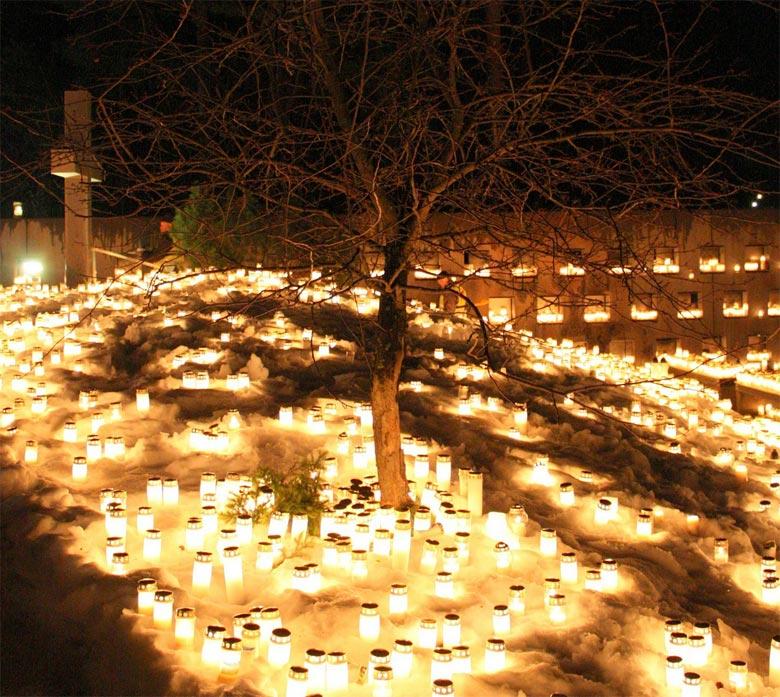 Friedhof Oulu Lichter