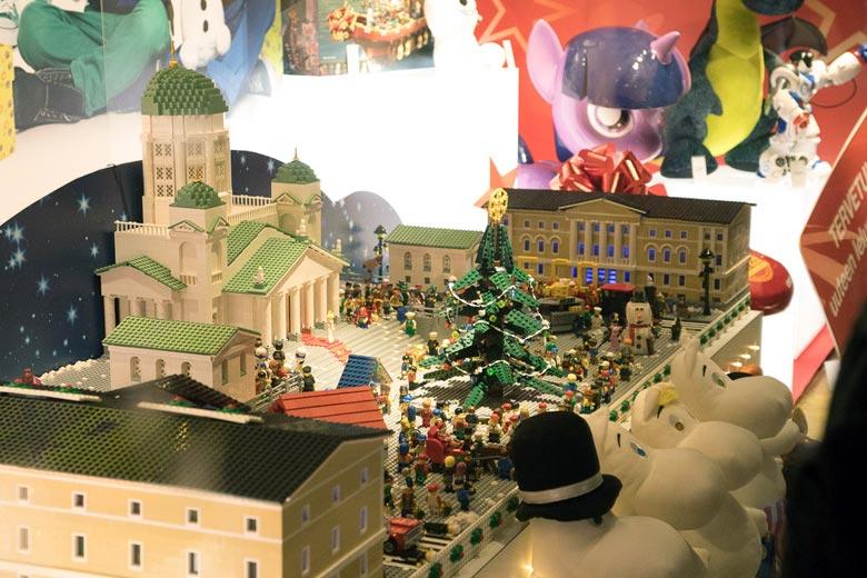 Stockmann Schaufenster Lego