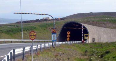 Maut Hvalfjörður-Tunnel Island