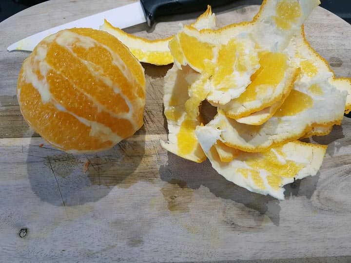 Orange schälen