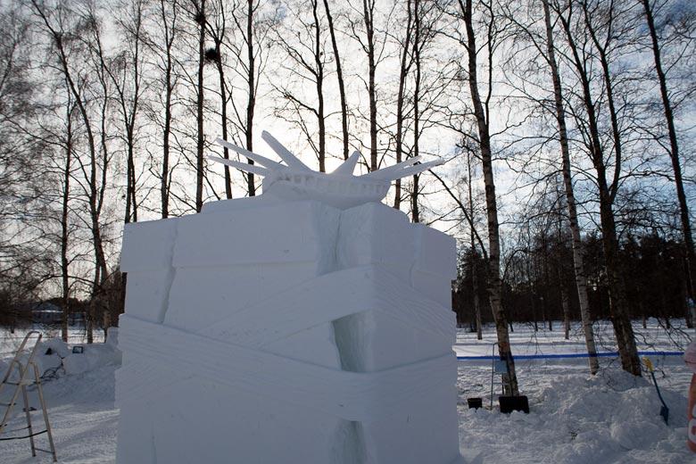 Skulptur Die eingesperrte Freiheit
