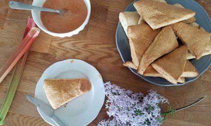 Rezept Flieder-Scones Rhabarber-Curd