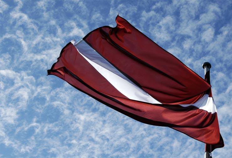 EU lettische Flagge