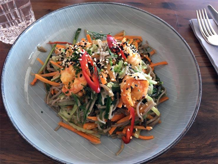 Japanischer Salat im Resto Hafen