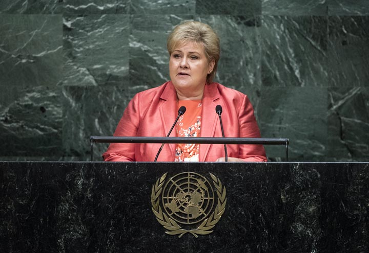 Erna Solberg Norwegen entschuldigt sich