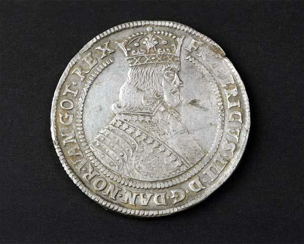 Silberschatz mit seltenen Münzen in Dänemark entdeckt