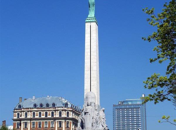 Freiheitsdenkmal Freiheitsstatue Riga