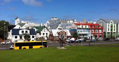 Wie viel verdient man in Island?