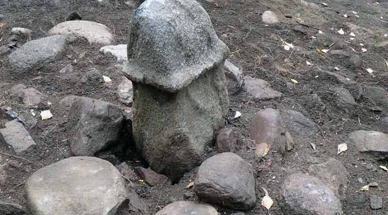 Phallus Skulptur Staue Schweden