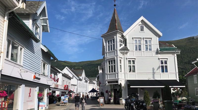 Nordfjordeid Eidsgata Wandern