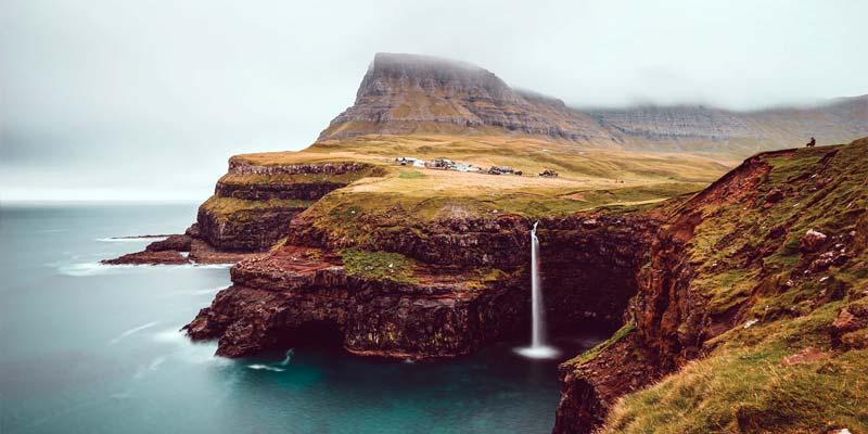 Färöer: (Sehr) fragmentarische Lockerung einiger Reisebeschränkungen