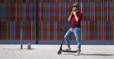 Helmpflicht Dänemark E-Roller