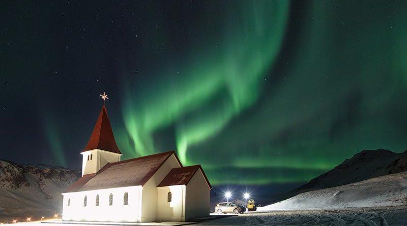 Nordlichter in Vik/Island