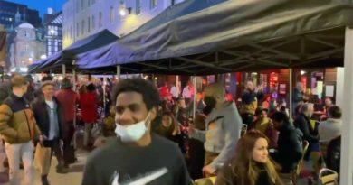 Großbritannien: Großer Andrang nach Öffnungen – London atmet nach Lockdown auf