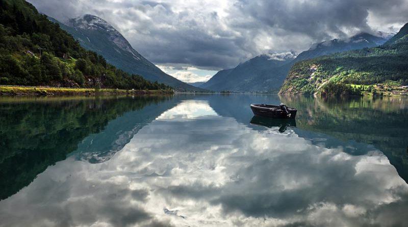 9 von 10 Norwegern wollen ihren Sommerurlaub in Norwegen verbringen