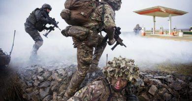 Großbritannien Militär Tankstelle